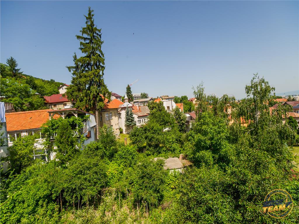 OFERTA TRANZACTIONATA!!Proprietate, in vila, curte proprie, Central  Drumul Poienii, Brasov