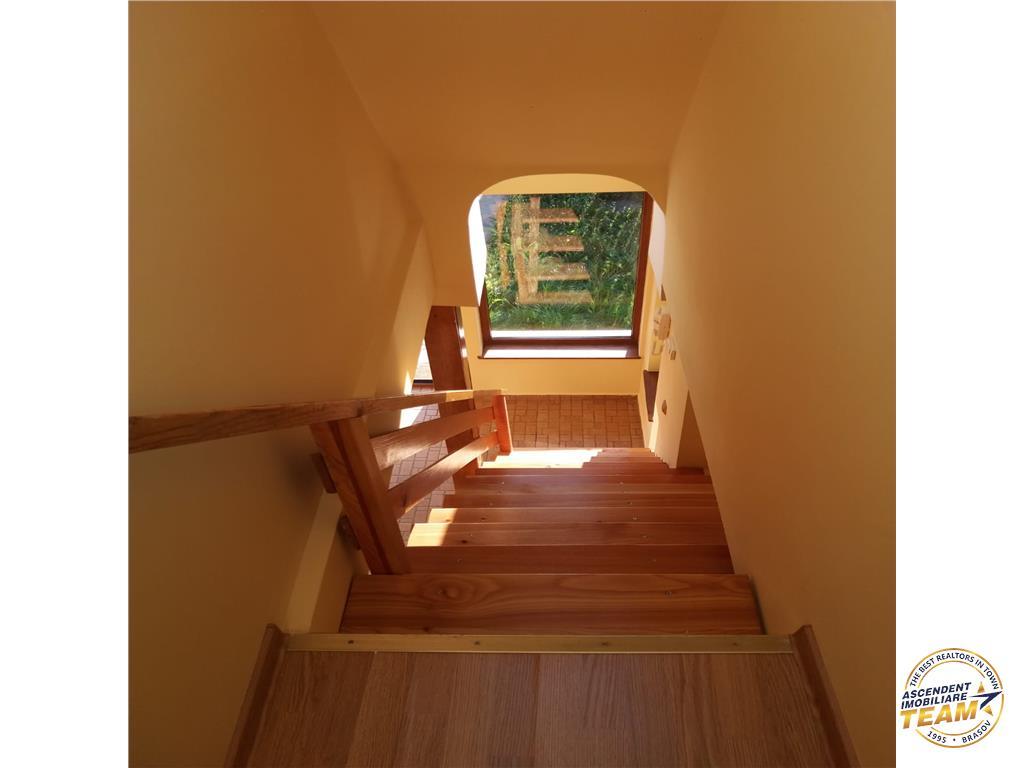 OFERTA REZERVATA!!!Casa rasfata de soare si culoare, Sacele, Brasov