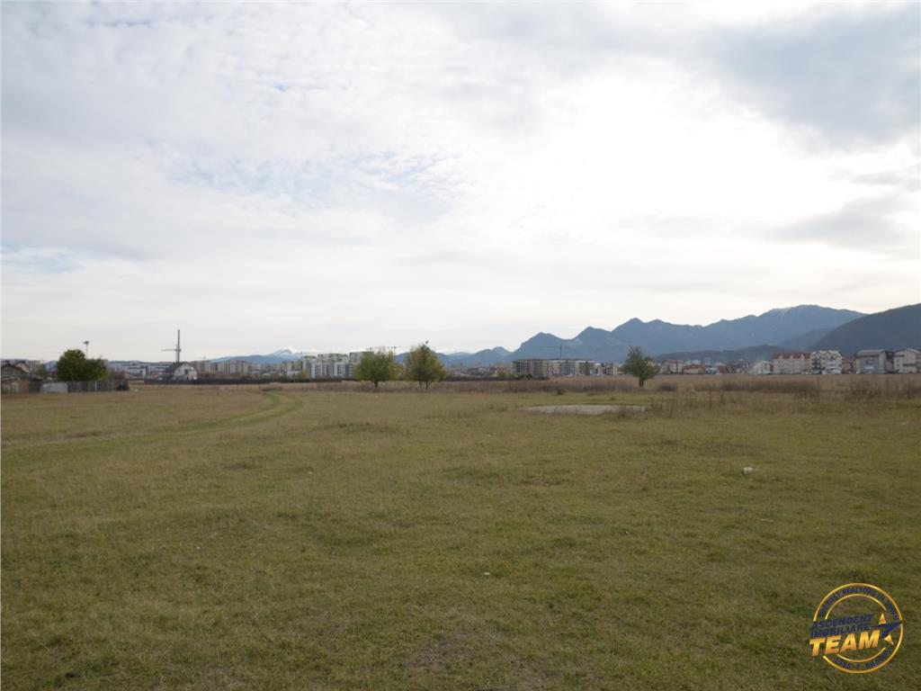 Peste 4.000 mp teren intravilan, pretabil constructii vile, Brasov