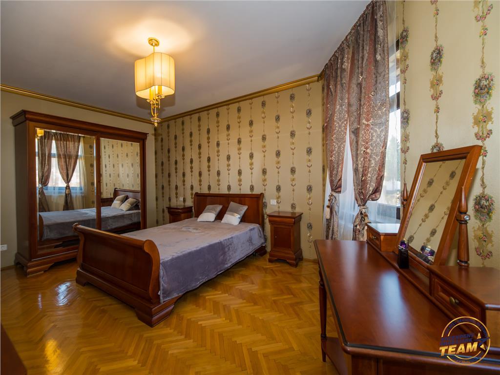 OFERTA REZERVATA!!!!Resedinta cu parfum aristocrat, Centrul Istoric Cetatea Brasov