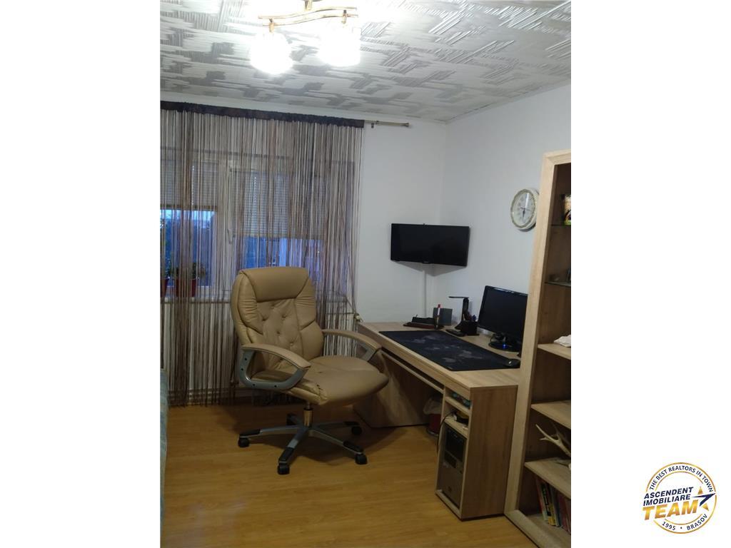 OFERTA TRANZACTIONATA!!!Apartament decomandat,  Tractorul, Brasov