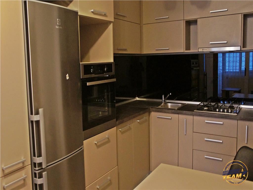 OFERTA REZERVATA!!!!Apartament deosebit, 2 camere, de 80mp, Tractorul, Brasov