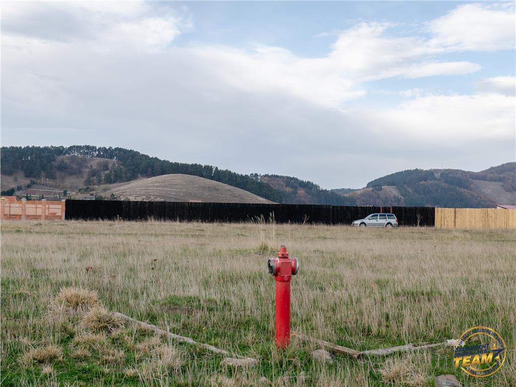 OFERTA TRANZACTIONATA!!  1.000 mp teren intravilan, in zona rezidentiala Dealul Lempes, Brasov, Sanpetru
