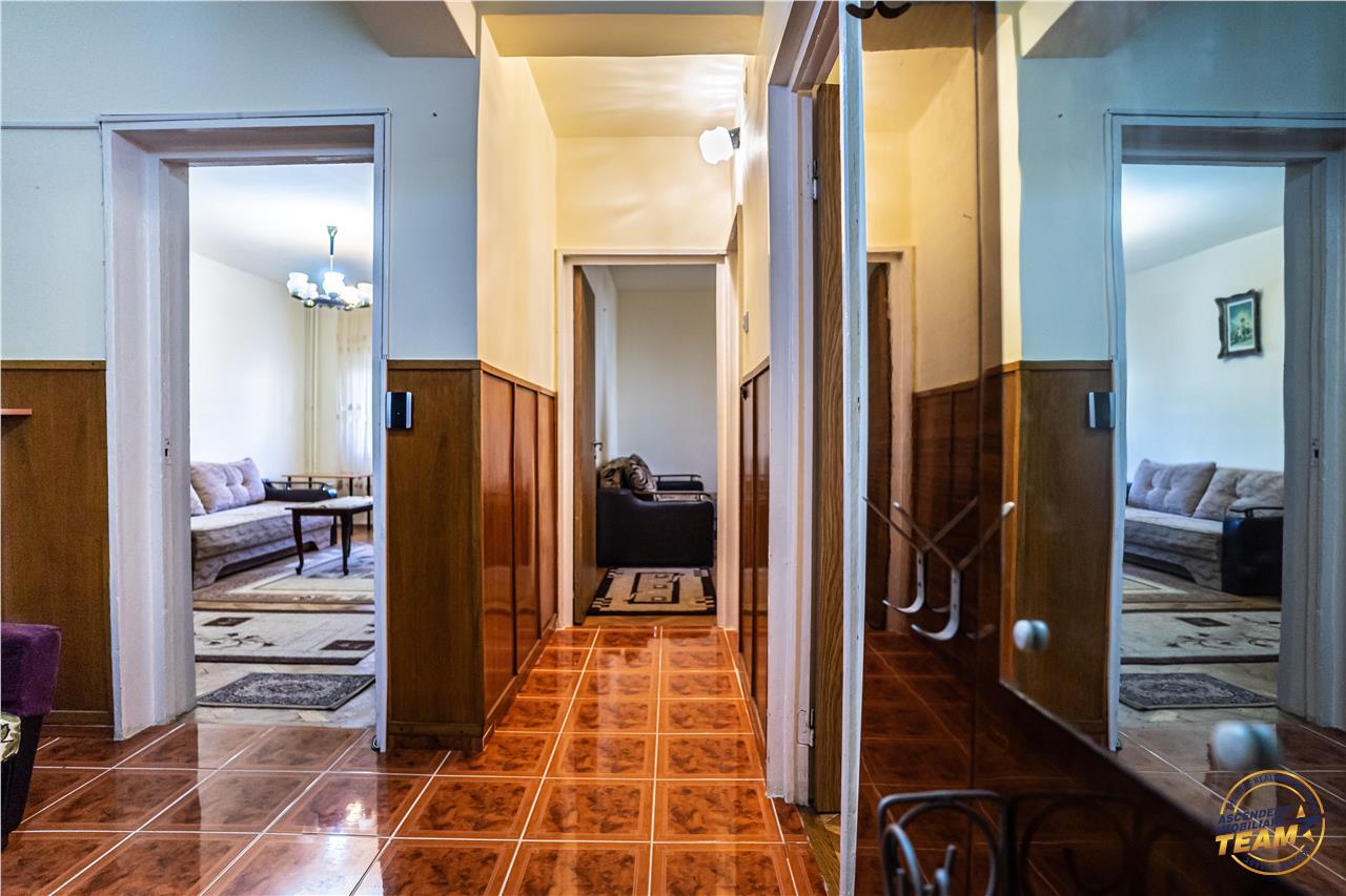 OFERTA REZERVATA!!!Apartament spatios, in cartierul verde al Brasovului