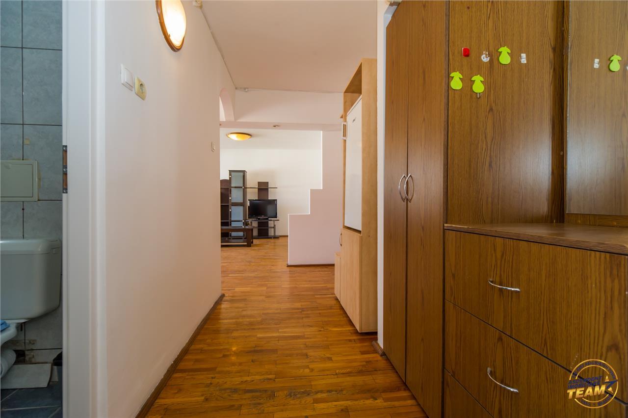Investitionala oferta, in deschidere oportunitate +2, Centrul Civc,   Brasov