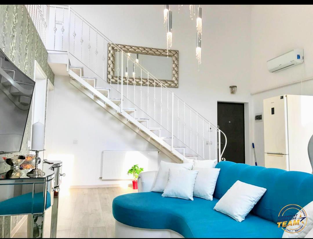 OFERTA REZERVATA!! Penthouse cu scara interioara, zonarea Coresi
