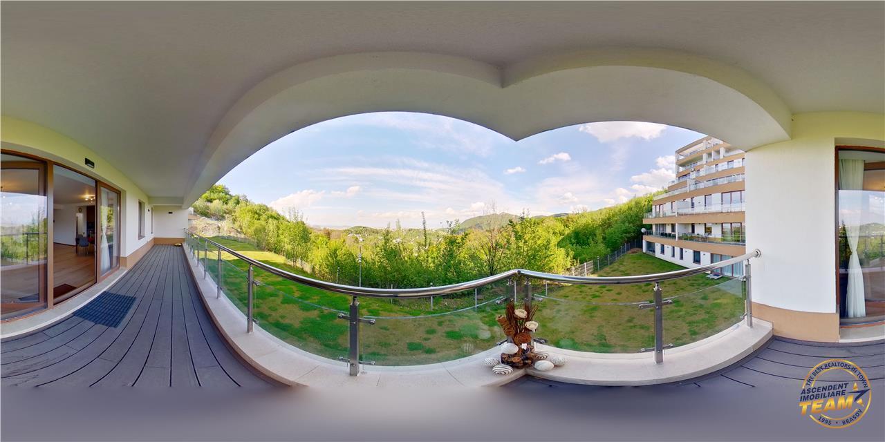 EXPLOREAZA VIRTUAL! Paradis de verdeata la terasa Casei tale