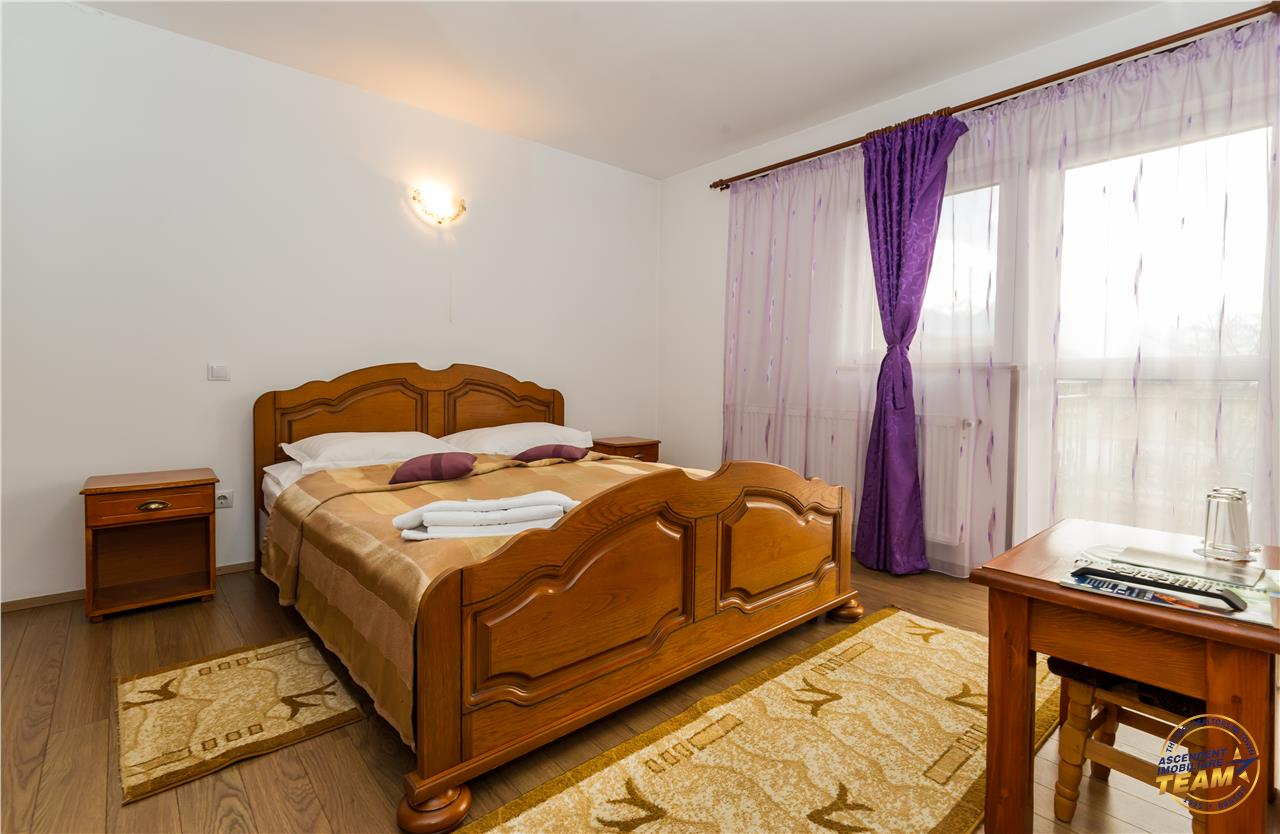 EXPLOREAZA VIRTUAL! Oportunitate,Vila protocol si Resedinta in Cetatea Trandafirului, Brasov.