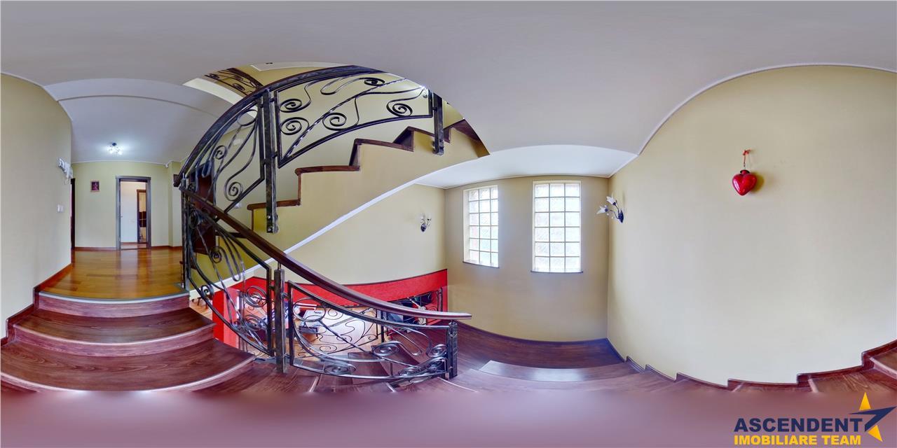 EXPLOREAZA VIRTUAL!Vila in conceptul formelor naturii Cristian,Brasov