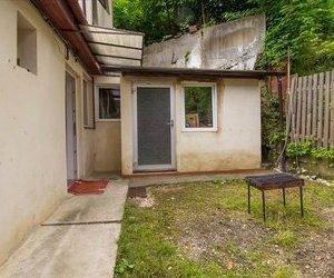 OFERTA TRANZACTIONATA! Casa, singura in curte, Centrul Vechi, zona linistita