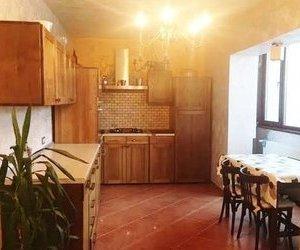 Apartament in casa, cu garaj, zona semicentrala, Brasov