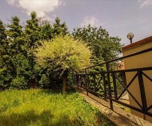 OFERTA TRANZACTIONATA!!Nivel in vila, singur in curte,cu gradina,Central, Brasov