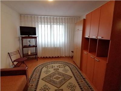 Garsoniera etaj 1, strada Spicului - Bartolomeu