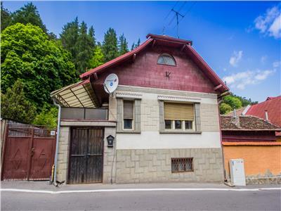 OFERTA REZERVATA!!Casa pentru sevaletul pictorului, in Cetatea Veche a Brasovului