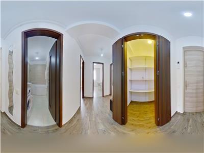 EXPLOREAZA VIRTUAL! Apartament luminos, doua terase, Urban, Brasov