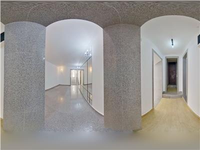 OFERTA REZERVATA!! EXPLOREAZA VIRTUAL! Elegant Spatiu,in mantie brancoveneasca, Central, Brasov