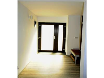 OFERTA REZERVATA!!Vila cu 4 camere pe 450mp teren, prima inchiriere, Stupini, Brașov