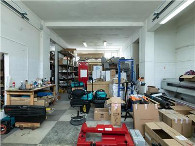 Proprietate pe trei nivele, 860 mp, recomandat unei afaceri de productie si TESA