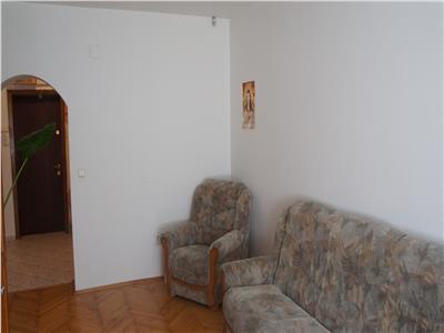 OFERTA REZERVATA!! Apartament structura decomandata, mobilat, zona centrala