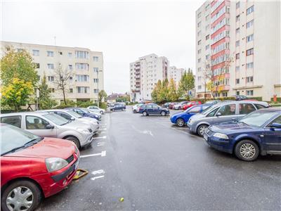 OFERTA TRANZACTIONATA! Complex comercial, sub aripa Universitatii Transilvania Brasov