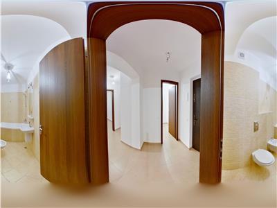 OFERTA TRANZACTIONATA!!! EXPLOREAZA VIRTUAL! Resedinta pe 86 mp, doua terase, decomandat ariata