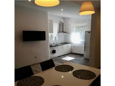Apartament 3 camere in vila, Central