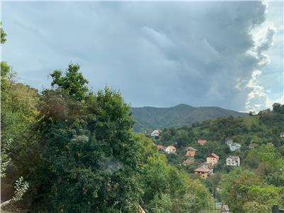 OFERTA REZERVATA!! Proprietate la casa, pe 3 camere, vedere panoramica, Cetatea Brasovului
