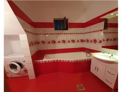 OFERTA REZERVATA!!! 3 camere, la casa, Semicentral Brasov