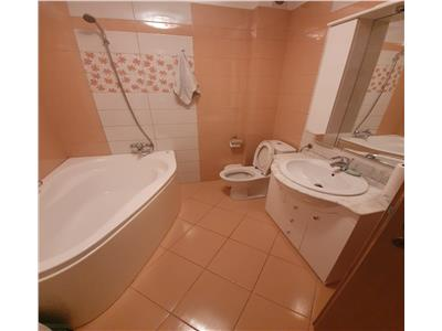 OFERTA REZERVATA!! Spatios imobil, pe 2 camere, living open space, cartier Scriitorilor, Brasov