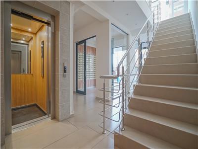 OFERTA TRANZACTIONATA!! Penthouse sofisticat, sub bagheta Uniq interiors