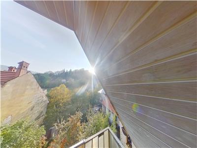 EXPLOREAZA VIRTUAL: Calea Poienii, Brasov, doua nivele, in panoramica pozitionare