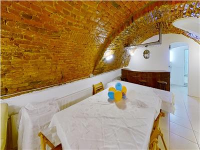 EXPLOREAZA VIRTUAL! Special! Doua imobile, pe 100 mp, Centrul Istoric, Brasov