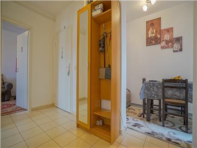OFERTA REZERVATA!!Resedinta, pe doua camere + dressing, zona Avantgarden 3, Brasov
