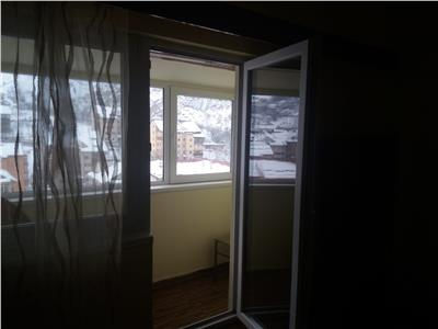 OFERTA REZERVATA! Apartament 4 camere, decomandat, cu o priveliste superba