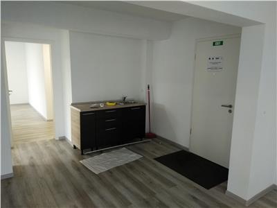 Apartament 3 camere, rezidential/ birouri, NEMOBILAT, zona Coresi Mall, disponibil imediat