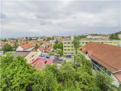 OFERTA REZERVATA!! Mica constructie, cu teren intravilan, clasa 500mp,  rezidential/ proiect , Central Brasov