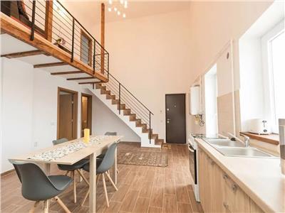 Apartament 3 camere, cu terasa, zona Coresi