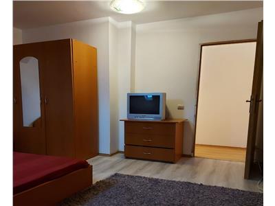 Apartament cu doua camere, insorit, in zona Garii
