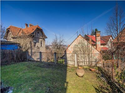 Nivel in vila, curte, gradina si garaj propriu, Central, Brasov