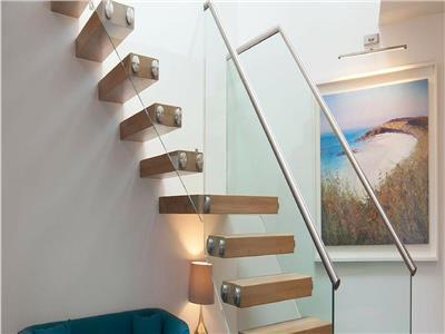 Eleganta pe doua nivele, mobilat si utilat, nou rezidential, Brasov