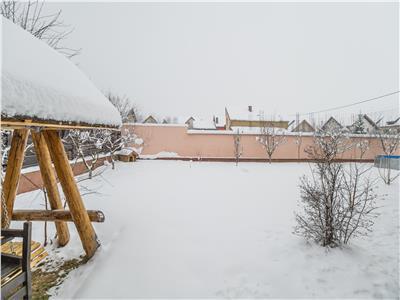 OFERTAREZERVATA!! Sub cupola Cetatii Rasnovului, pe 1.200 mp teren, Vila compozitionala