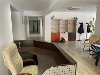 Spatiu birouri, configuratie pe 4 camere,  zona Racadau