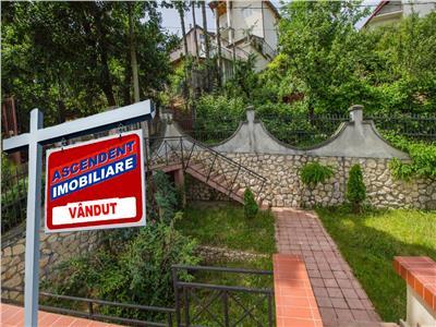 OFERTA TRANZACTIONATA!!! Nivel in vila singur in curte, gradina proprie, pozitie panoramica, Central