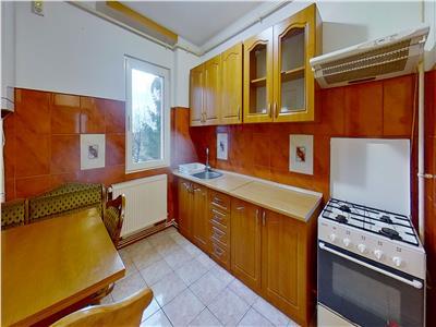 OFERTA REZERVATA!! Apartament etaj intermediar, Saturn, Brasov