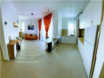 OPORTUNITATE, Apartament open space, vedere superba,  aflat la prima inchiriere, Ansamblu Coresi