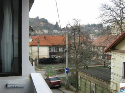OFERTA TRAZACTIONATA!!!! Imobil in regim vila, Brasov, Centrul Istoric, Transilvania