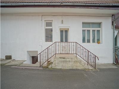 Resedinta si componenta comerciala,  Zarnesti, Brasov