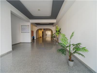 Imobil in decomandata prezentare pe trei camere, complex Isaran