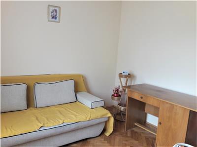 Apartament cochet doua camere, pozitie avantajoasa, Astra, Brasov.