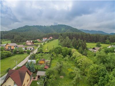 OFERTA TRANZACTIONATA!! Filmare cu drona!! Casuta demolabila, 2.400mp teren, locatie de vis,Sacele, Brasov